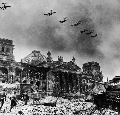 Yevgeny_Khaldei_-_Reichstag_After_Fall_of_Berlin_-_1945