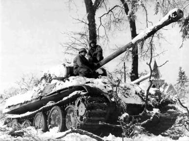 Panther_Battle_of_the_bulge_csg054-ww2shots-army