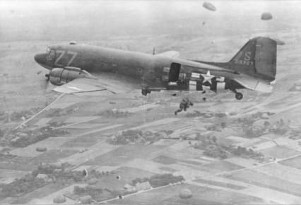 paratroopers_dakota_groesbeek_omg1944_bm