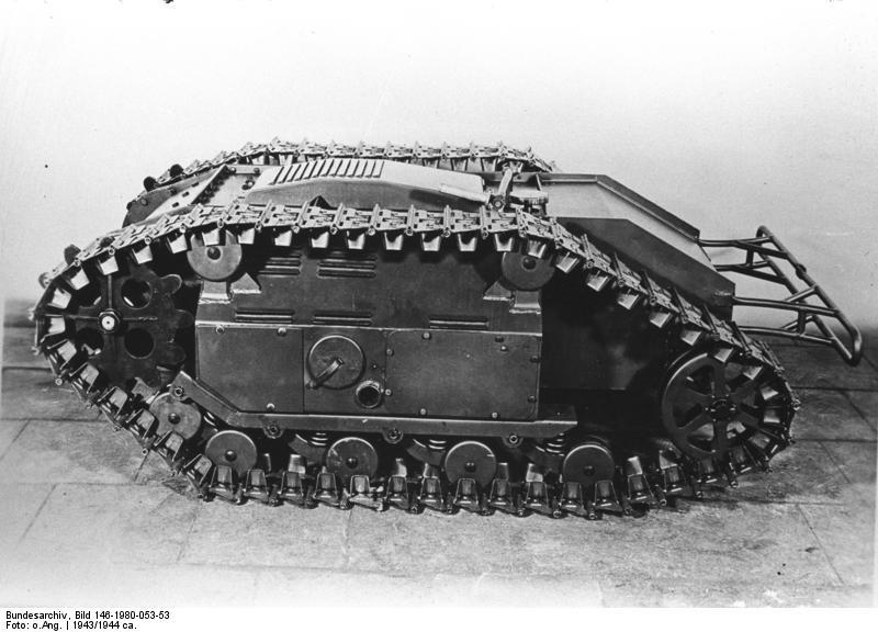 Bundesarchiv_Bild_146-1980-053-53,_Sprengpanzer_-Goliath-